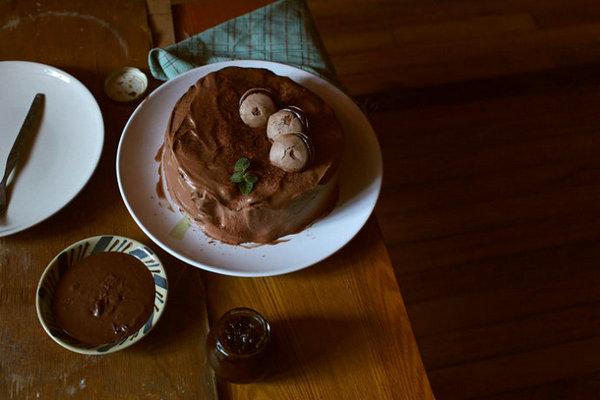 巧克力无粉蛋糕·巧克力奶油的做法_巧克力无粉蛋糕·巧克力奶油怎么做【鲁不猴】