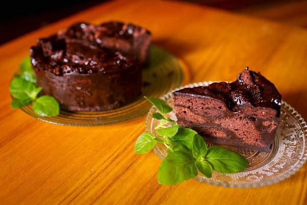 边角料蛋糕的做法_边角料蛋糕怎么做【鲁不猴】